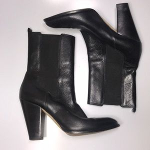 Kors Michael Black Leather Boots 9